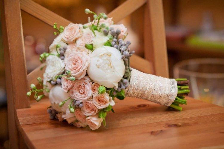 Пионы и розы для невесты